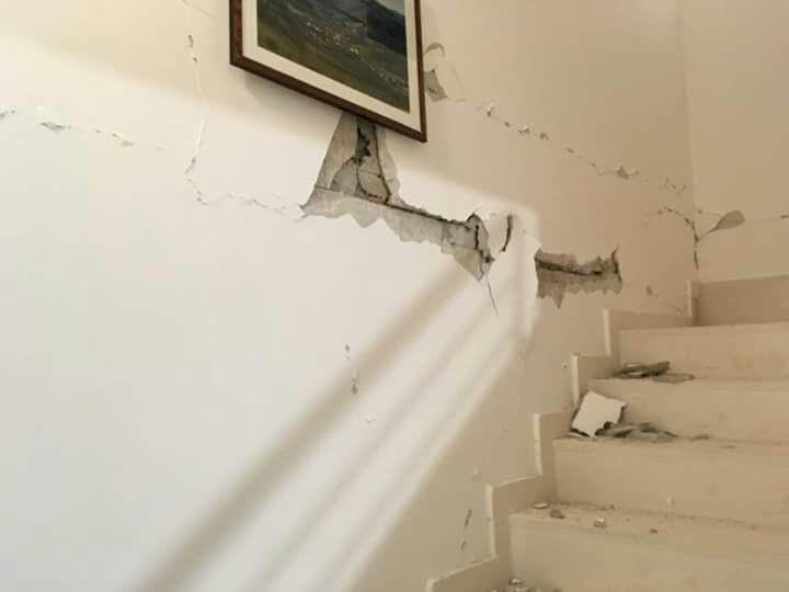 Sisma. Vertice a Pieve Torina. Quattro famiglie evacuate