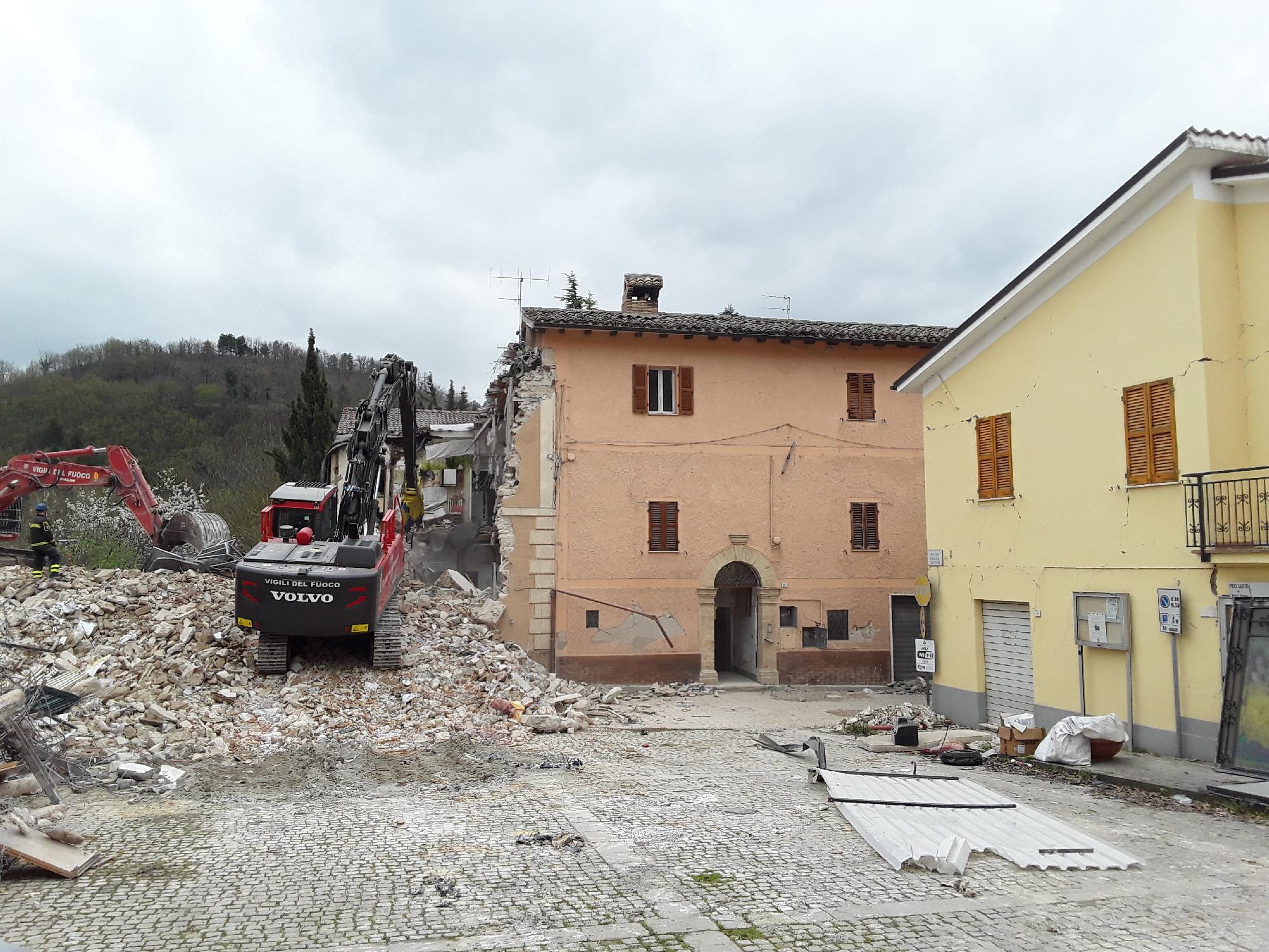 Demolizioni a Pieve Torina
