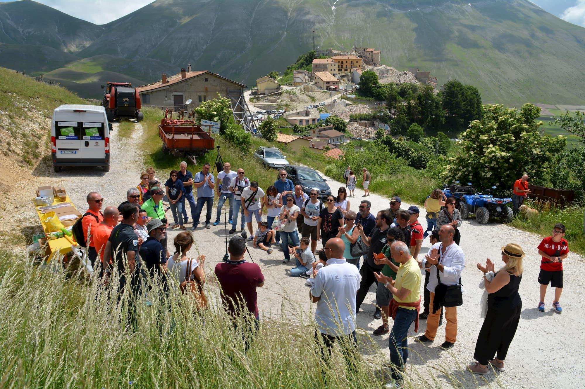 Riattivata La Webcam Di Castelluccio Di Norcia Foto Picchio News Il Giornale Tra La Gente Per La Gente
