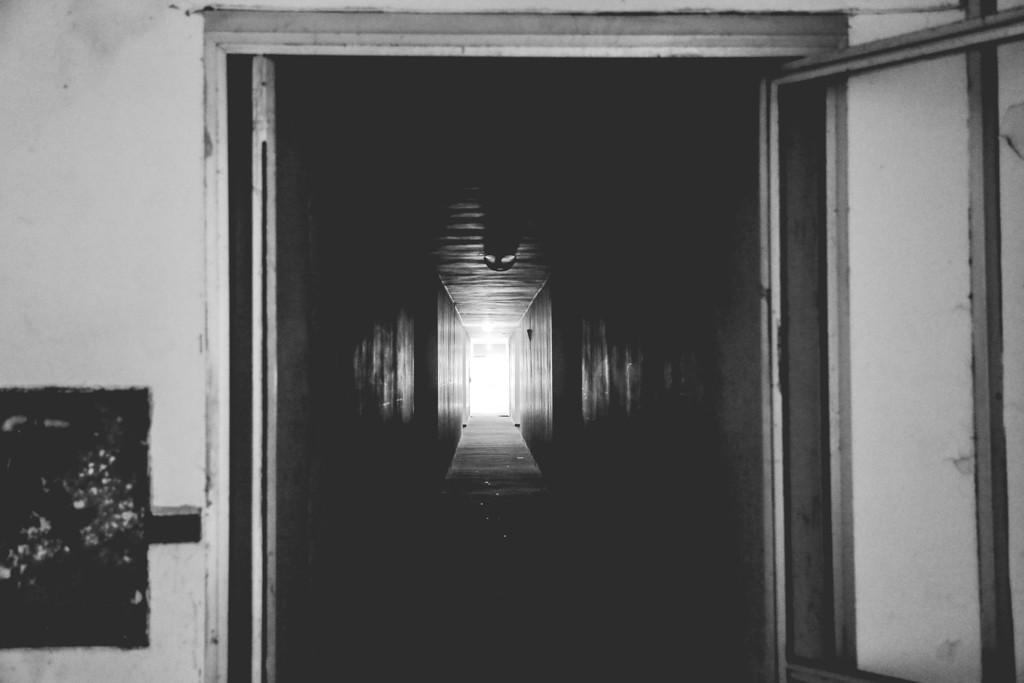 Hotel-House-Porto-Recanati-Bianco-e-Nero-Foto-Simone-Salvucci-7-Aprile-2016-