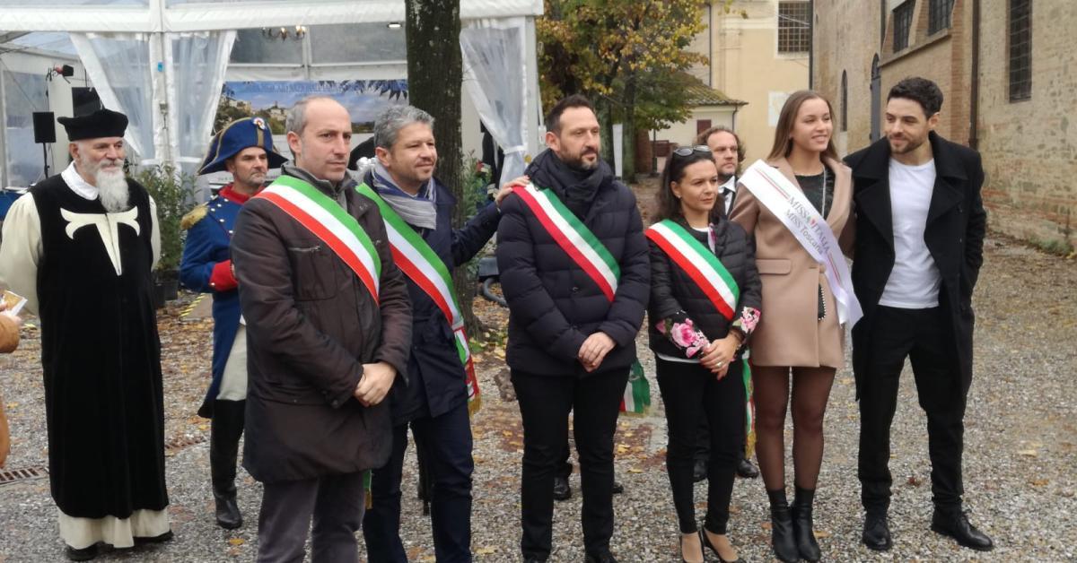 Porto Recanati protagonista alla Mostra Mercato Nazionale del Tartufo Bianco di San Miniato - Picchio News - Il giornale tra la gente per la gente - Picchio News