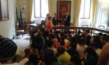 Potenza Picena: gli alunni delle elementari in visita agli uffici comunali e al Municipio
