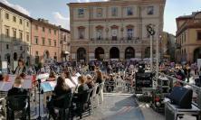A Tolentino concerti, canti e rappresentazioni teatrali in Piazza della Libertà: la Festa della Scuola è un successo