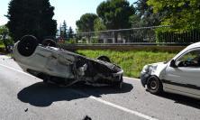 Maxi carambola vicino a Recanati: quattro auto coinvolte, un ferito portato a Torrette (FOTO/VIDEO)