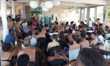Civitanova, assalto agli stabilmenti balneari per la finale mondiale