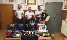 Adidas, Nike, Saucony come vere. Sequestrati oltre 300 prodotti contraffatti a Porto Recanati