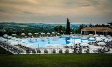 La piscina de La Filarmonica aperta fino a mezzanotte nel fine settimana