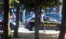 Civitanova, assaltano gli stand della festa: presi e recuperata parte della refurtiva