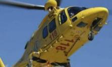 Tolentino, auto contro scooter: centauro trasportato all'ospedale di Ancona