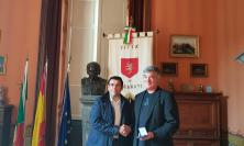 Recanati, il sindaco riceve il professor Paradiso del Massachusetts Institute of Technology di Boston