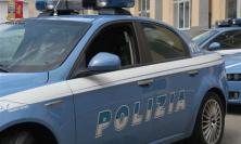 Civitanova, viene fermato per eccesso di velocità: noto motociclista inveisce contro la polizia