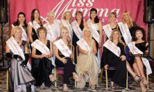 """Corridonia, Vittoria Caponi premiata come """"Miss Mamma Italiana"""" ad Abano Terme"""