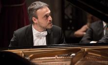 """Matelica, Teatro Piermarini: attesa per """"Pianomania"""" con Gianluca Luisi e Lorenzo Di Bella"""