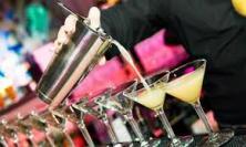Somministrazione alcolici: obbligo di denuncia fiscale per gli operatori