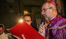 """""""Nella Pasqua Dio ci dona la luce per intravedere la fede in questo mondo tenebroso"""": l'omelia del Vescovo Marconi"""