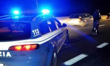 Civitanova, non si ferma all'alt della Polizia e rischia di investire gli agenti: giovane individuato grazie alle telecamere
