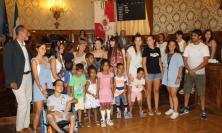 Macerata, solidarietà al popolo saharawi: la visita in Consiglio comunale dei bambini del campo profughi