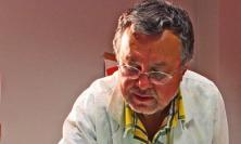 """La mano ribelle dell'artista Carlo Iacomucci: """"Quando la distonia diventa arte"""""""