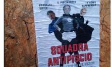 """In città compare il volantino sulla """"Squadra Antipiscio"""". La Lega Macerata denuncia: """"Inaccettabile"""""""
