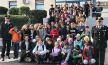 Potenza Picena, gli studenti a scuola di legalità: visita alla caserma dei carabinieri