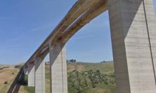 """Stop ai mezzi pesanti sul viadotto Cerrano in A14: """"Spostamento di 7 centimetri all'altezza delle pile"""""""