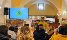 Cingoli, l'Istituto Varnelli incontra Emanuele Agrifoglio di Agriapicolturadi