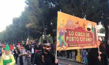 """Grande successo per il Carnevale civitanovese, il sindaco: """"Cerchiamo di esorcizzare la paura"""" (FOTO)"""