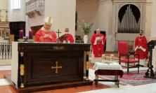 """Pasqua 2020, il messaggio del vescovo Massara: """"Non abbiate paura"""" (VIDEO)"""
