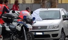 Macerata, 52enne dell'entroterra trovato senza vita nella sua auto: muore per overdose (FOTO e VIDEO)