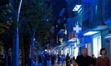 Civitanova, nuove luci in Corso Umberto: la città si illumina di blu (FOTO)