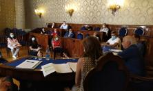 """Riapertura scuole, Pettinari incontra i presidi: """"Lo Stato scarica le sue responsabilità sui territori"""""""