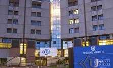 Ancona, intervento al cervello: 14enne operata da sveglia con madre vicina