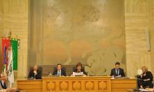 Corridonia, mozione di sfiducia per Nelia Calvigioni: la discussione in Consiglio slitta al 12 agosto