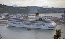 Bloccata all'imbarco del traghetto con la febbre, trasportata a Torrette
