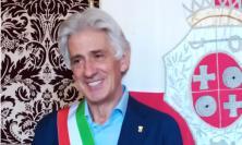 """Macerata, Parcaroli riceve la fascia tricolore: """"Sarò un sindaco che viaggia verso l'alto"""" (FOTO e VIDEO)"""