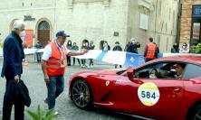 """Macerata accoglie la Mille Miglia: una """"Freccia Rossa"""" attraversa le vie del centro storco (VIDEO e Fotogallery)"""