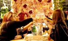 """Civitanova, si riaccendono le luci de 'La Serra': prima serata nella """"norma"""" e divertimento """"sicuro"""" (Fotogallery)"""