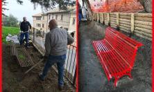 Giornata contro la violenza sulle donne: una panchina rossa a Recanati