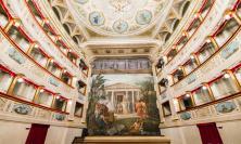 """San Severino, """"Si torni a parlare dei teatri"""": il Feronia aperto e illuminato per una notte"""