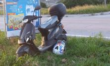 Tolentino, scooter contro auto in via Pertini : un uomo trasportato al Pronto Soccorso