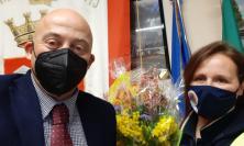 Camerino, una mimosa per Antonella Menghi: il Sindaco omaggia la Protezione Civile