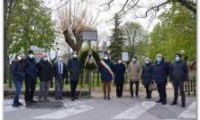 Cingoli ricorda don Adriano Pennacchioni: una corona d'alloro per il 1° centenario della nascita