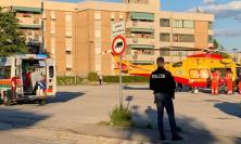 Civitanova, bimbo di 4 anni investito da un suv in via Giacosa: trasportato a Torrette (FOTO e VIDEO)