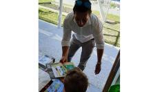 """Pieve Torina, """"Lettori si nasce"""": consegnati libri alla scuola dell'Infanzia"""