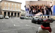 Macerata, piazza della Libertà diventa una pedana di scherma: esibizione sabato 19 giugno