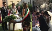 Montefano, fiori d'arancio per Elisa e Matteo nella splendida location di Palazzo Carradori