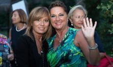 Civitanova, la dottoressa Elga Angelini va in pensione: festa con colleghi e familiari