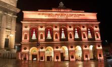 Macerata e Civitanova, lo Sferisterio e Palazzo Sforza si illuminano di arancione