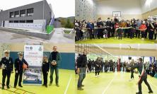 Pieve Torina in festa, inaugurato il palazzetto dello sport: il sindaco palleggia con il campione Zorzi (FOTO)