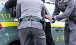 Scacco della Finanza allo spaccio per Ferragosto fra Civitanova e il Conero: due arresti, sequestrato un etto di cocaina